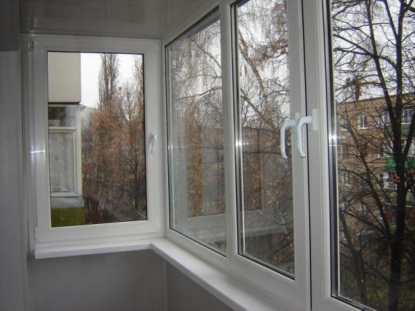 Застекление балконов и лоджий